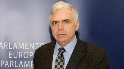 CSM, PASIV IN FATA ABOMINATIEI – Profesorul Adrian Severin cere